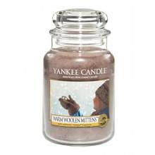 Yankee-Candle-Warm-Woolen-Mittens-słoik-duży-świeca-zapachowa-drogeria-internetowa-puderek.com.pl