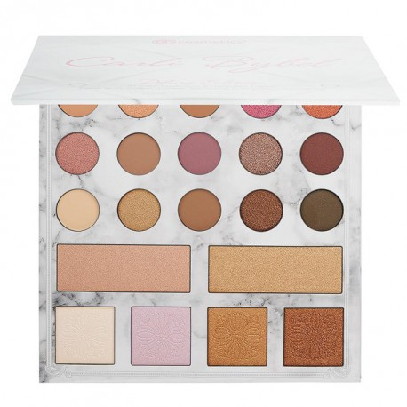 BH Cosmetics Carli Bybel Deluxe Edition 21 Color Eyeshadow & Highlighter Palette paleta do makijażu
