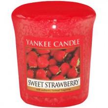 Yankee-Candle-Sweet-Strawberry-sampler-świeca-zapachowa-drogeria-internetowa-puderek.com.pl