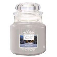 Yankee Candle Candlelit Cabin słoik mały świeca zapachowa